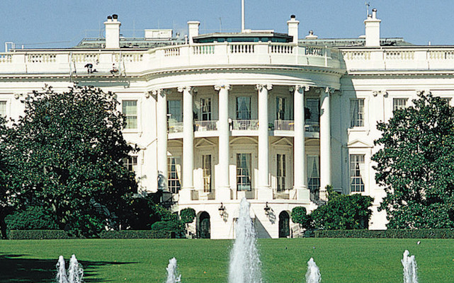 white-house-belii-dom.jpg