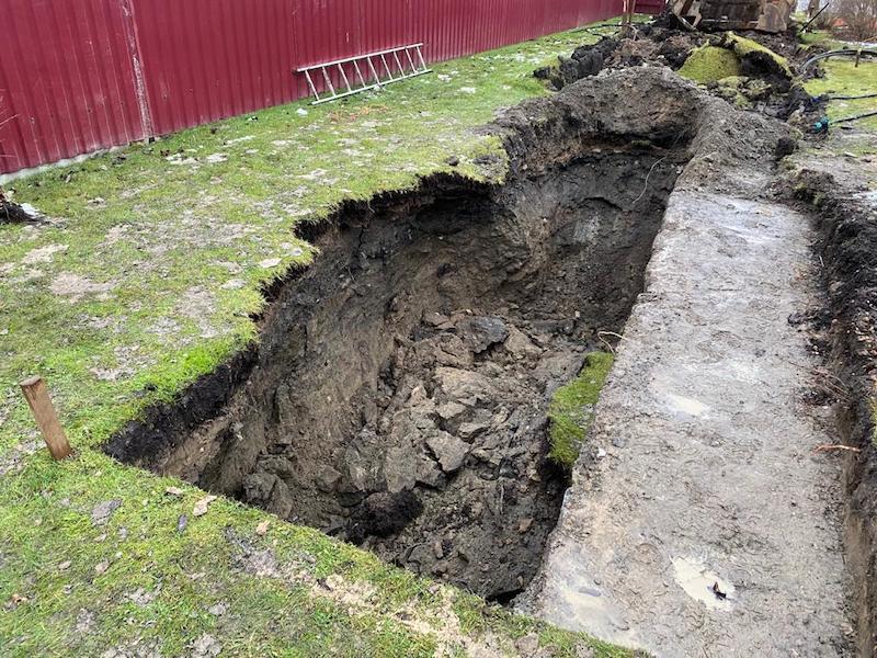 В Твери жители опасаются, что их дома «поедут» из-за нового водовода